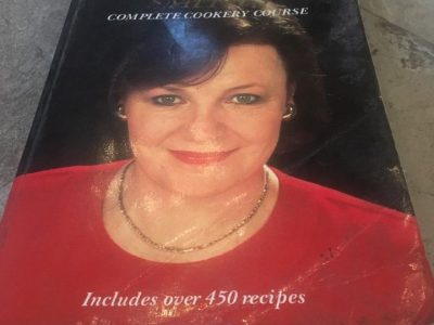 delia complete cookery guide