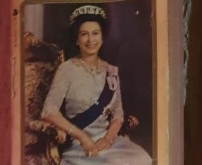 Majesty Elizabeth And The House Of Windsor